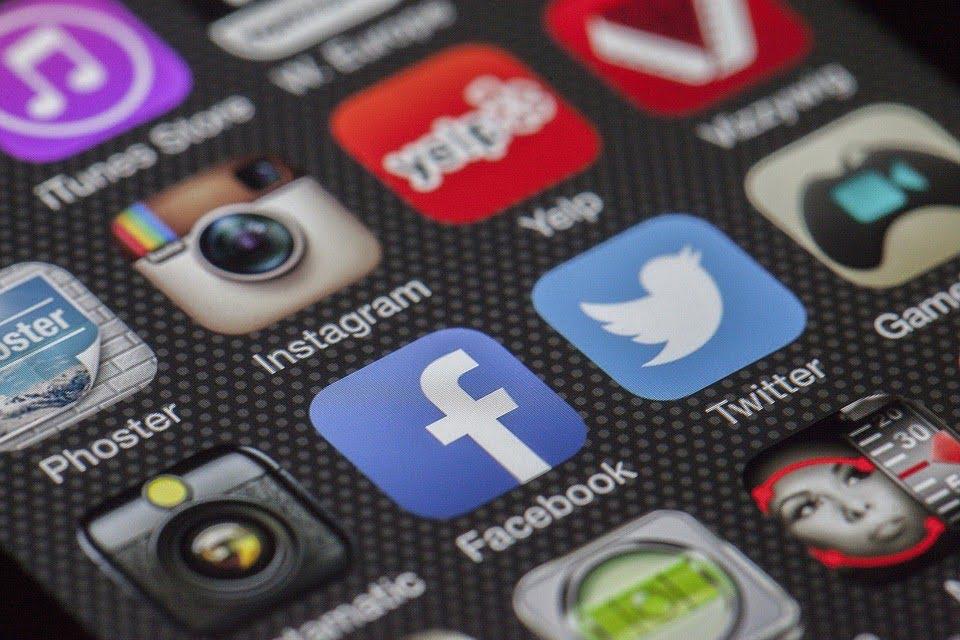 Social Media Web Apps